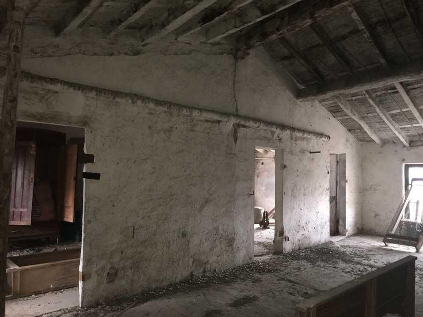 Venta casa para restaurar situada en la garrotxa girona - Casa para restaurar ...
